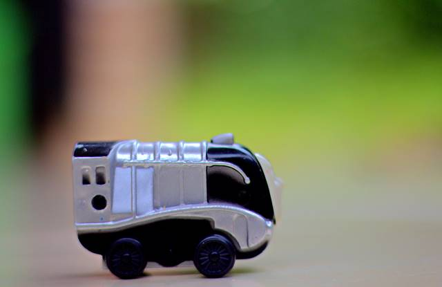 Memotret Mainan Anak-Anak Untuk Melatih Pemahaman DOF Dan Komposisi Foto