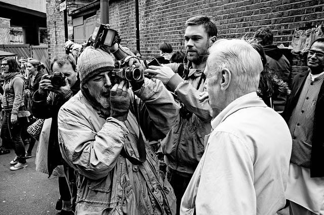 cara memotret yang kontroversial ala Bruce Gilden 2
