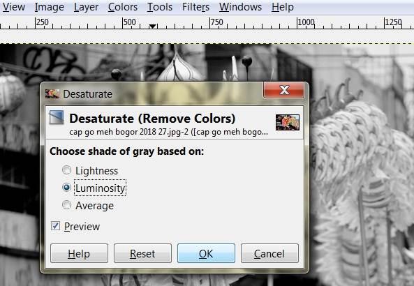 Cara membuat foto hitam putih dengan GIMP C