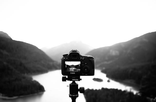 live view shooting - memotret melalui LCD Monitor